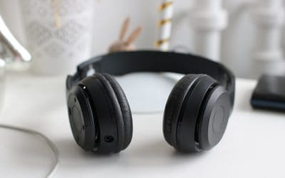 10 Best Headphones For Sleeping With Noise Cancelling | 2020